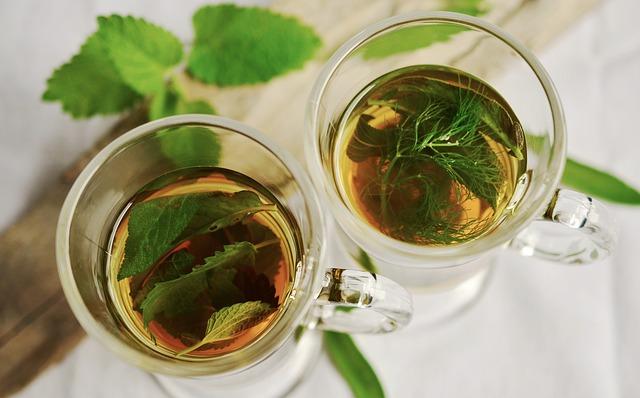 čaje s bylinkami