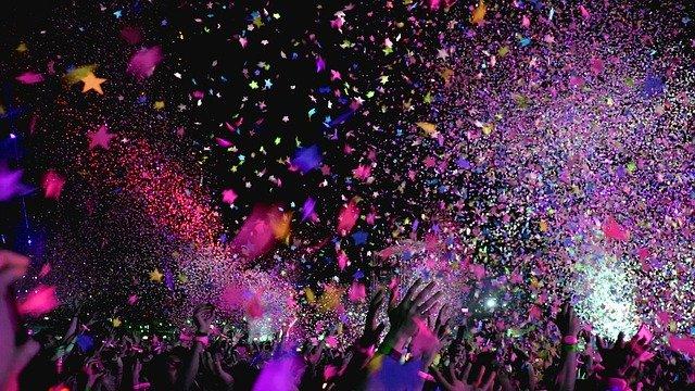 konfety na oslavě
