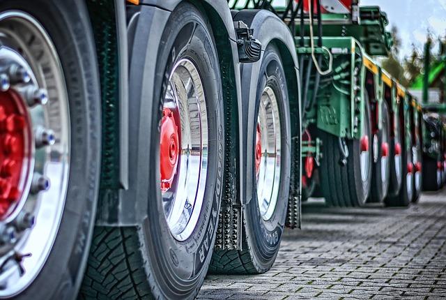 kola kamionů