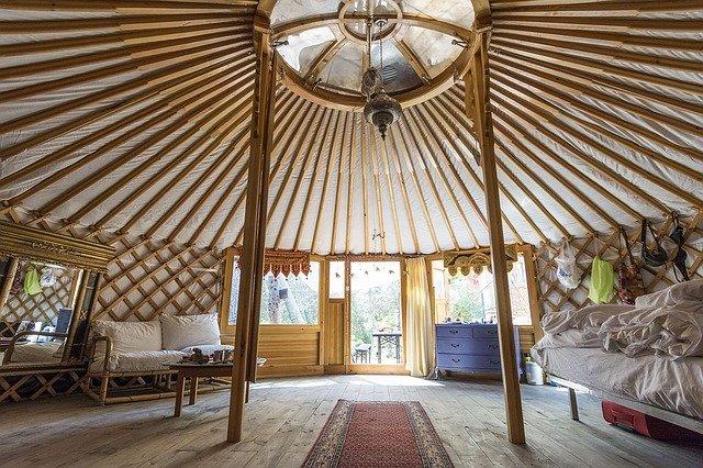 mongolská jurta zevnitř