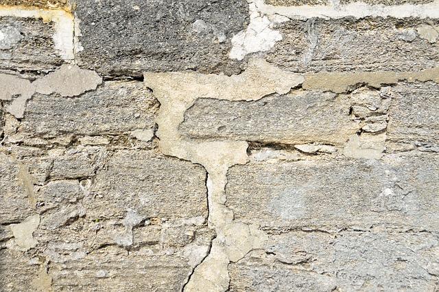 stará betonová zeď