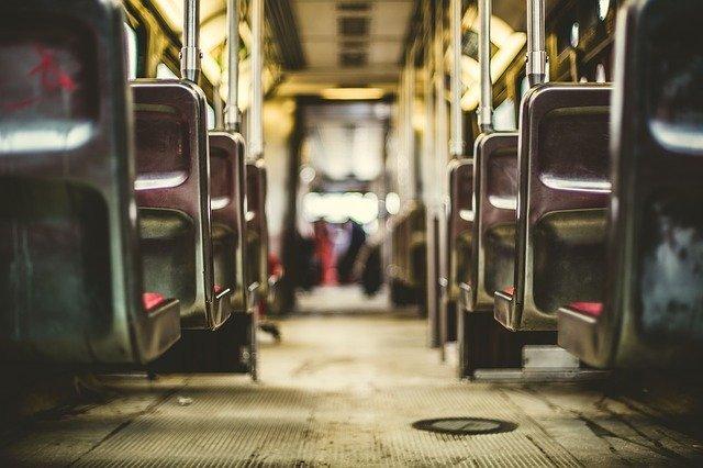 vnitřek vlaku